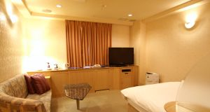 303-resort-150x80@2x