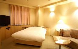 206-resort-150x80@2x