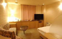 212-resort-150x80@2x