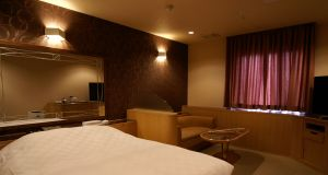 207-resort-150x80@2x